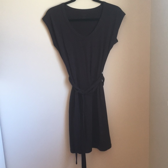 37fd26fc11 Icebreaker Dresses & Skirts - Icebreaker Merino Wool Short Sleeve Villa  Dress
